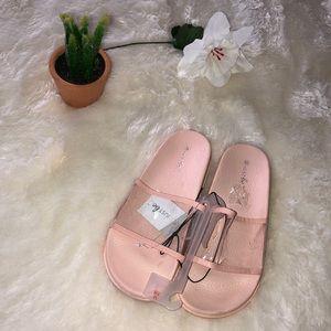 Peach 🍑 slides